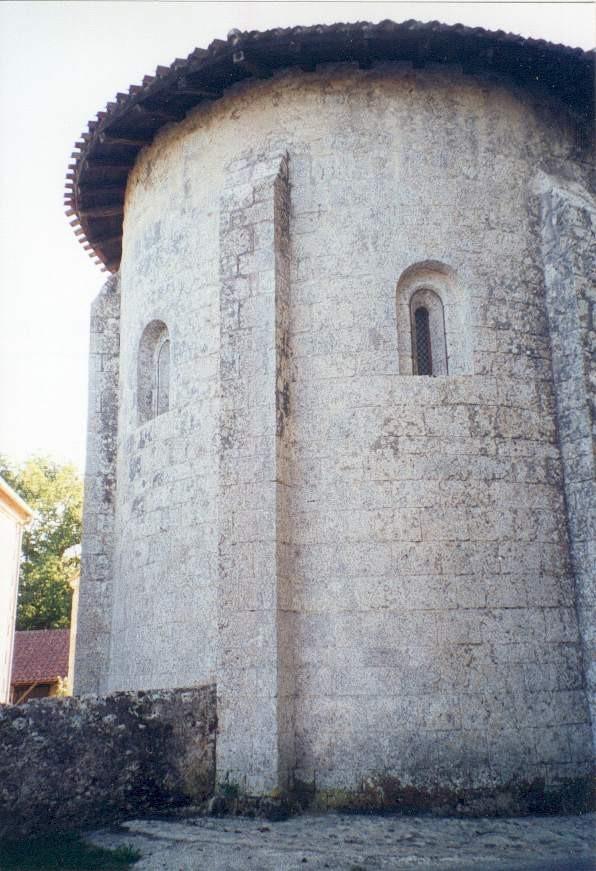 Saint-Pierre-de-Buzet : vue extérieure