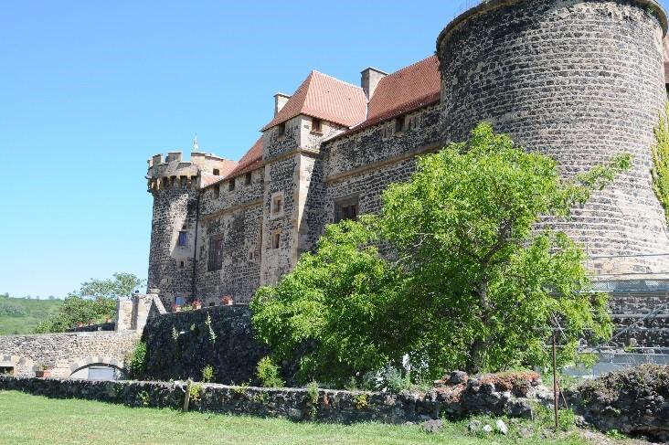 Le château de Saint-Saturnin: l'aile Sud-Ouest