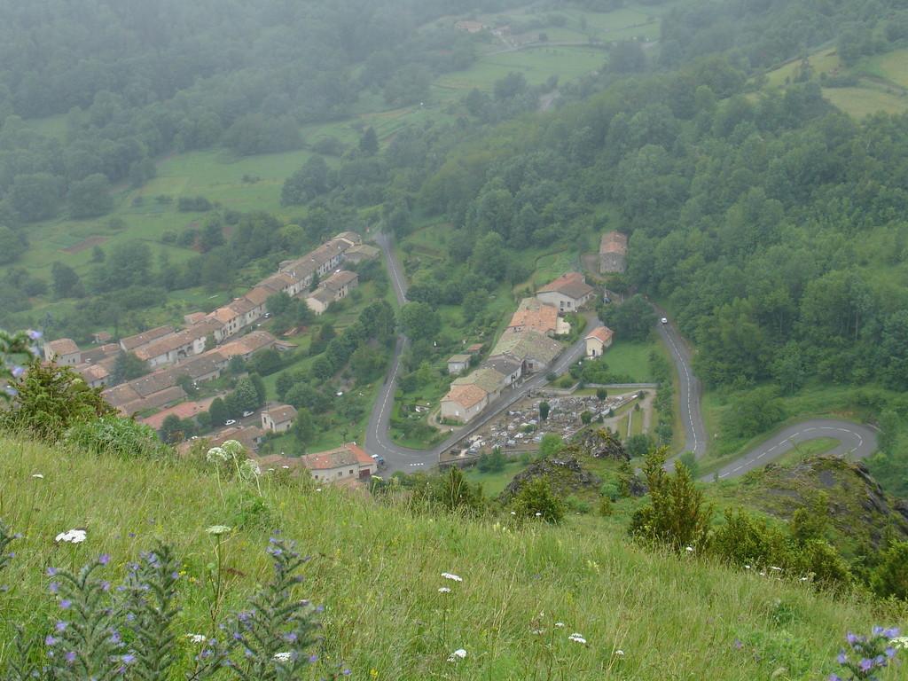 Montsegur : le village depuis la butte