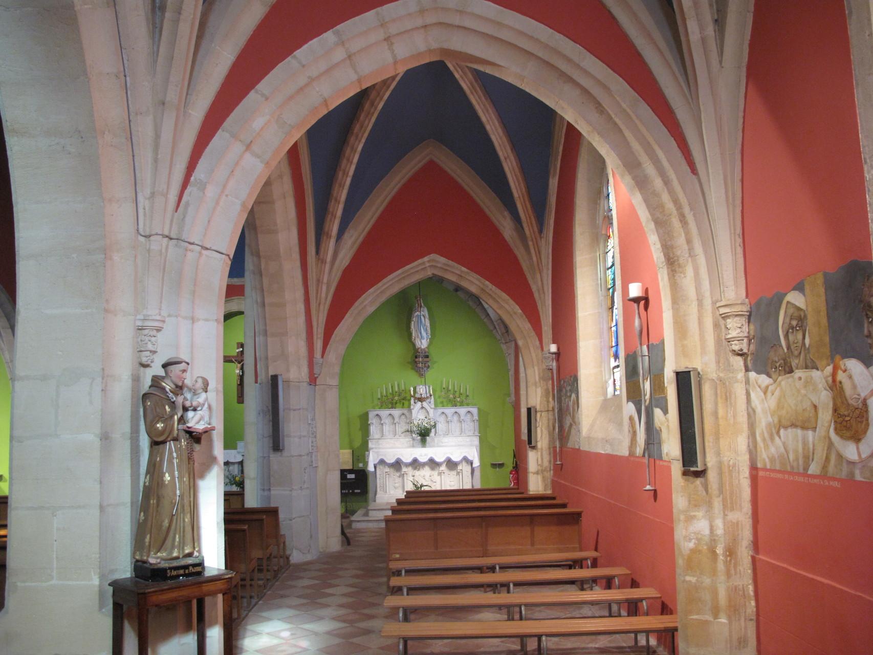 Bias: l'intérieur de l'église