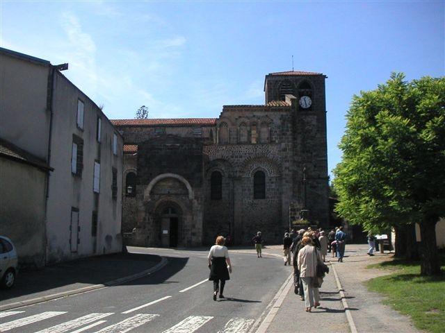 L'abbatiale de Saint-Pierre-de-Mozac