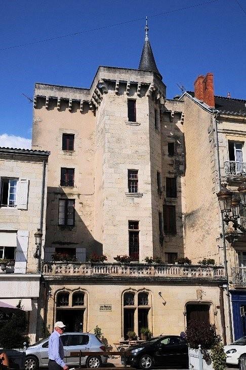 Périgueux: l'hôtel Gilles Lagrange