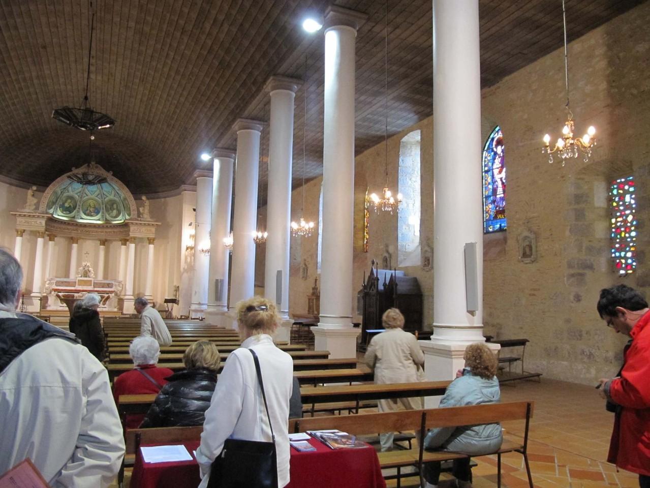 Clairac : intérieur de l'abbatiale