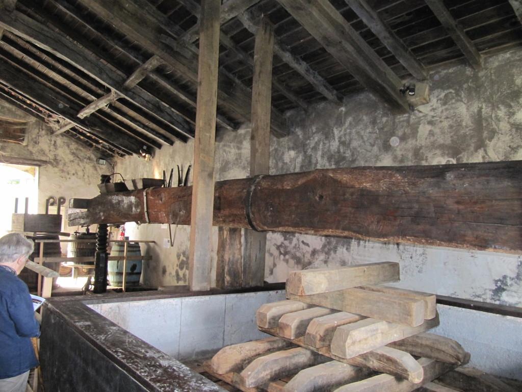 Musée de la Chalosse à Monfort : le grand pressoir romain