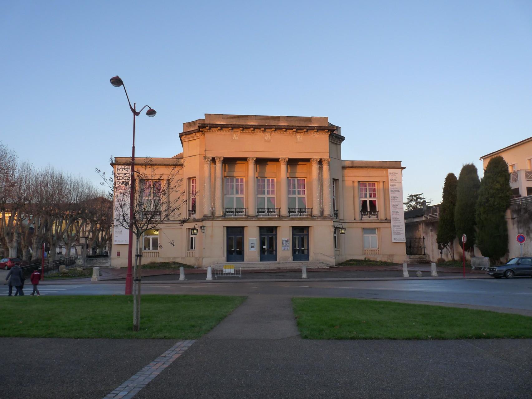 Villeneuve-sur-Lot : le théâtre Georges-Leygues