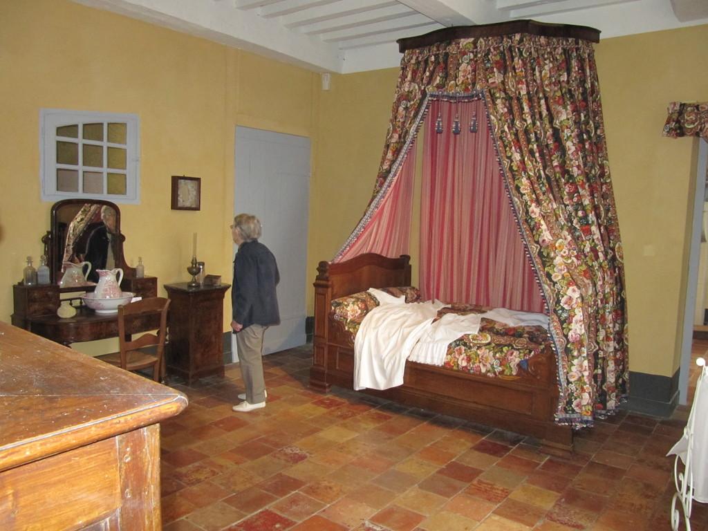 Musée de la Chalosse à Monfort : chambre du 19e siècle