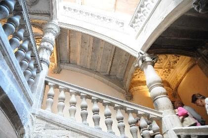 """Périgueux: l'escalier """"à la Française"""" de l'hôtel de Lestrade"""