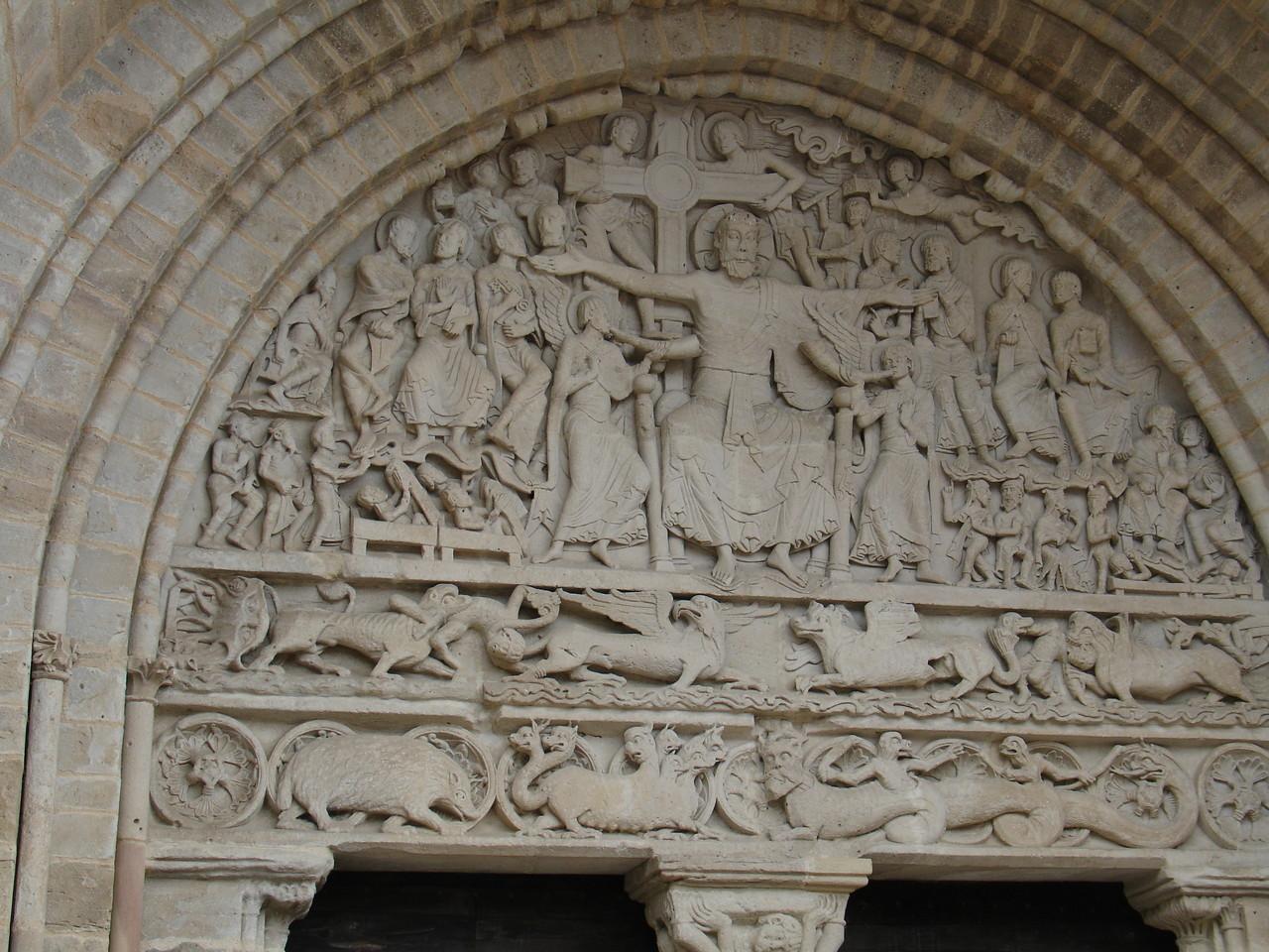 Beaulieu-sur-Dordogne : tympan du portail Sud