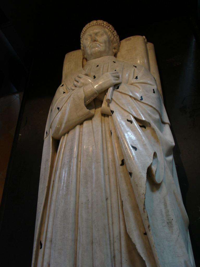 Bourges, la cathédrale Saint Etienne : la crypte et le gisant du Duc de Berry