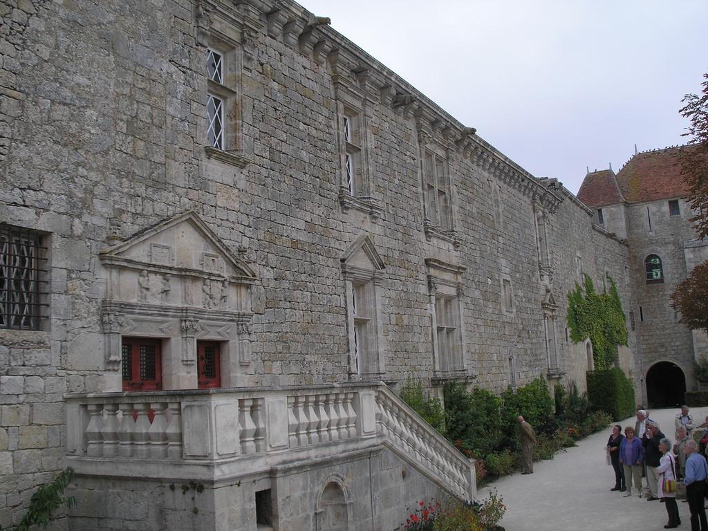 La cour d'honneur du château de Gramont