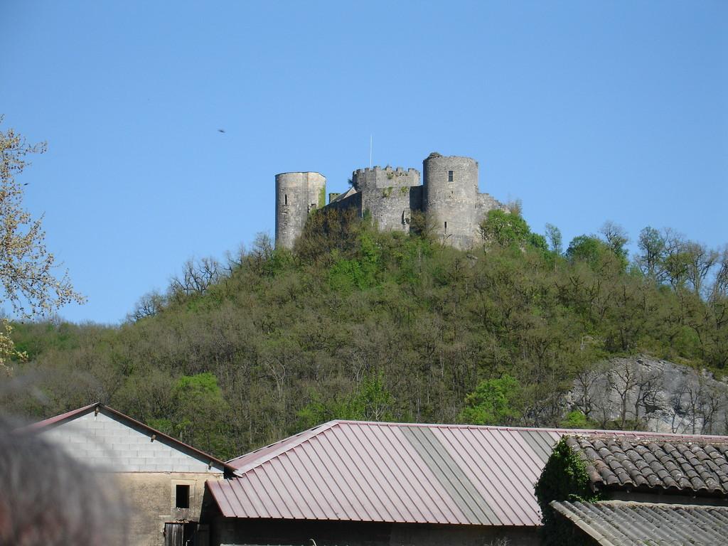 Le château de Sauveterre-la-Lémance