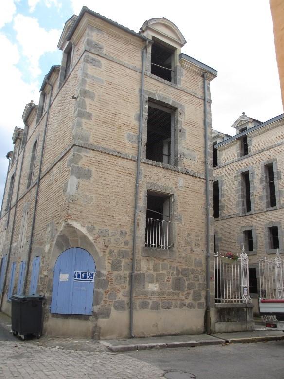 Damazan: château comtal