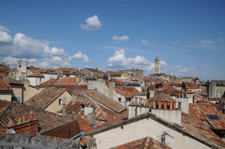 Périgueux: une vue panoramique sur le quartier de Saint-Front