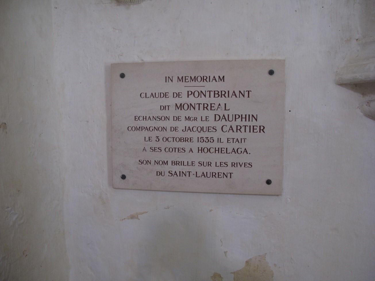 Château de Montréal: la plaque Pontbriand-Montréal