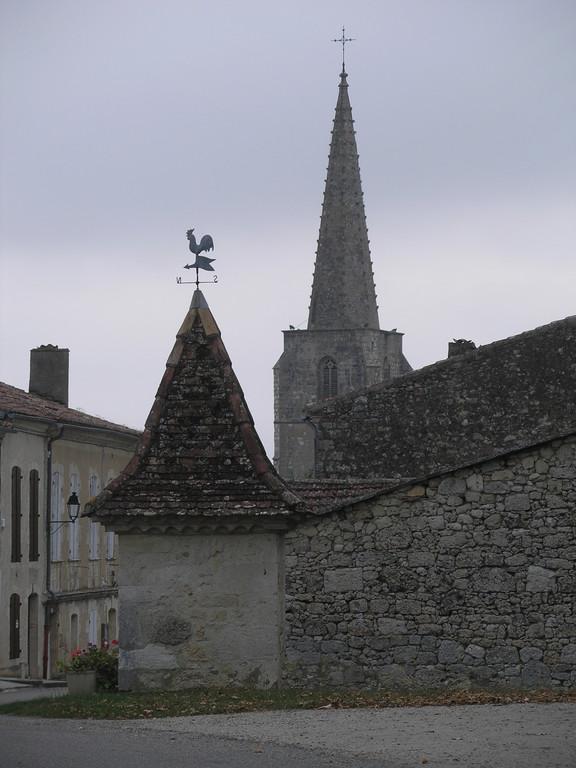 Plieux : le clocher du quinzième siècle