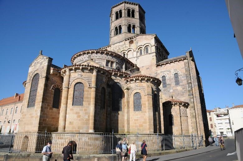 Issoire: l'abbatiale Saint-Austremoine