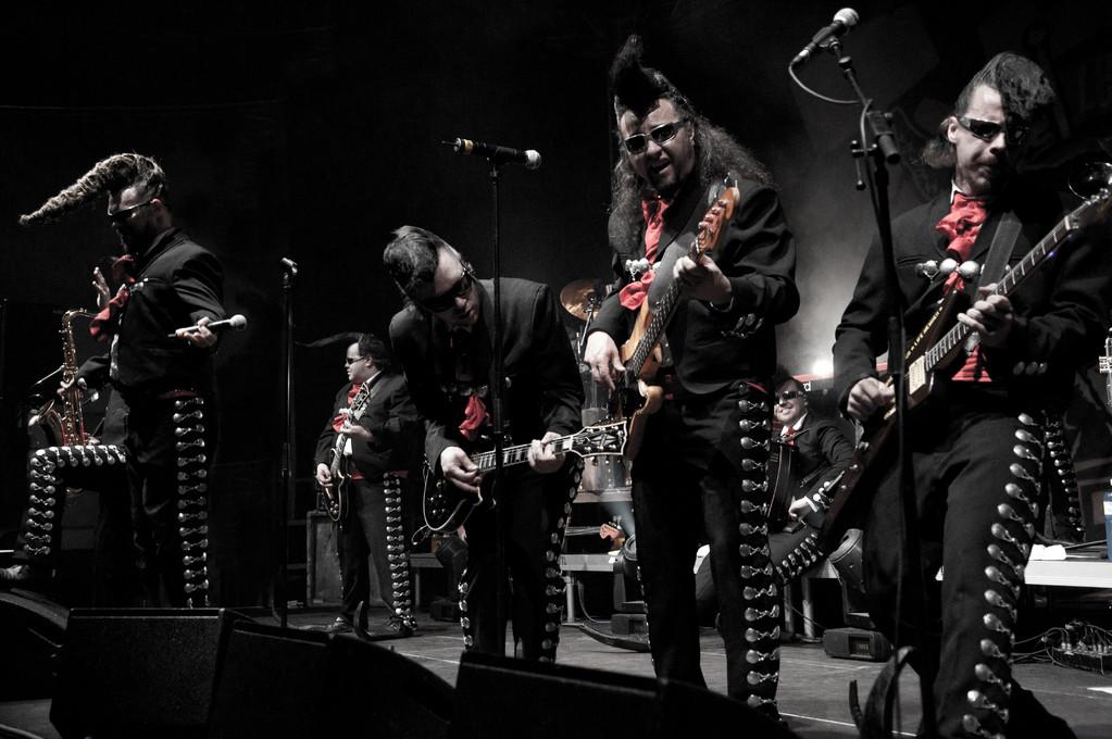 Leningrad Cowboys @ Eishalle Wetzikon, 2011