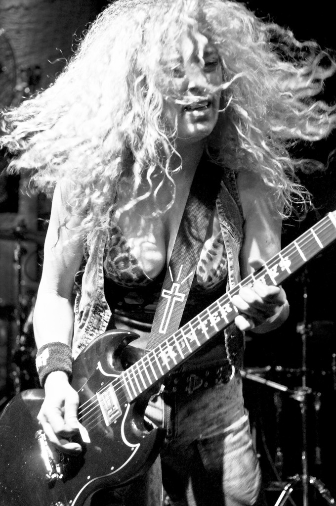 Nashville Pussy @ Mascotte, 2011