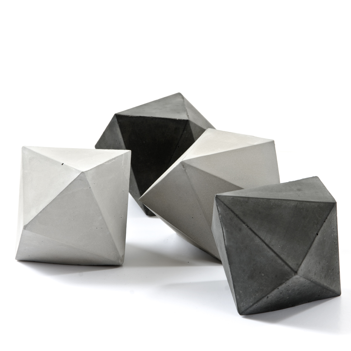 Trigonal Dodecahedron Paperweight Sculpture Solid, bei PASiNGA
