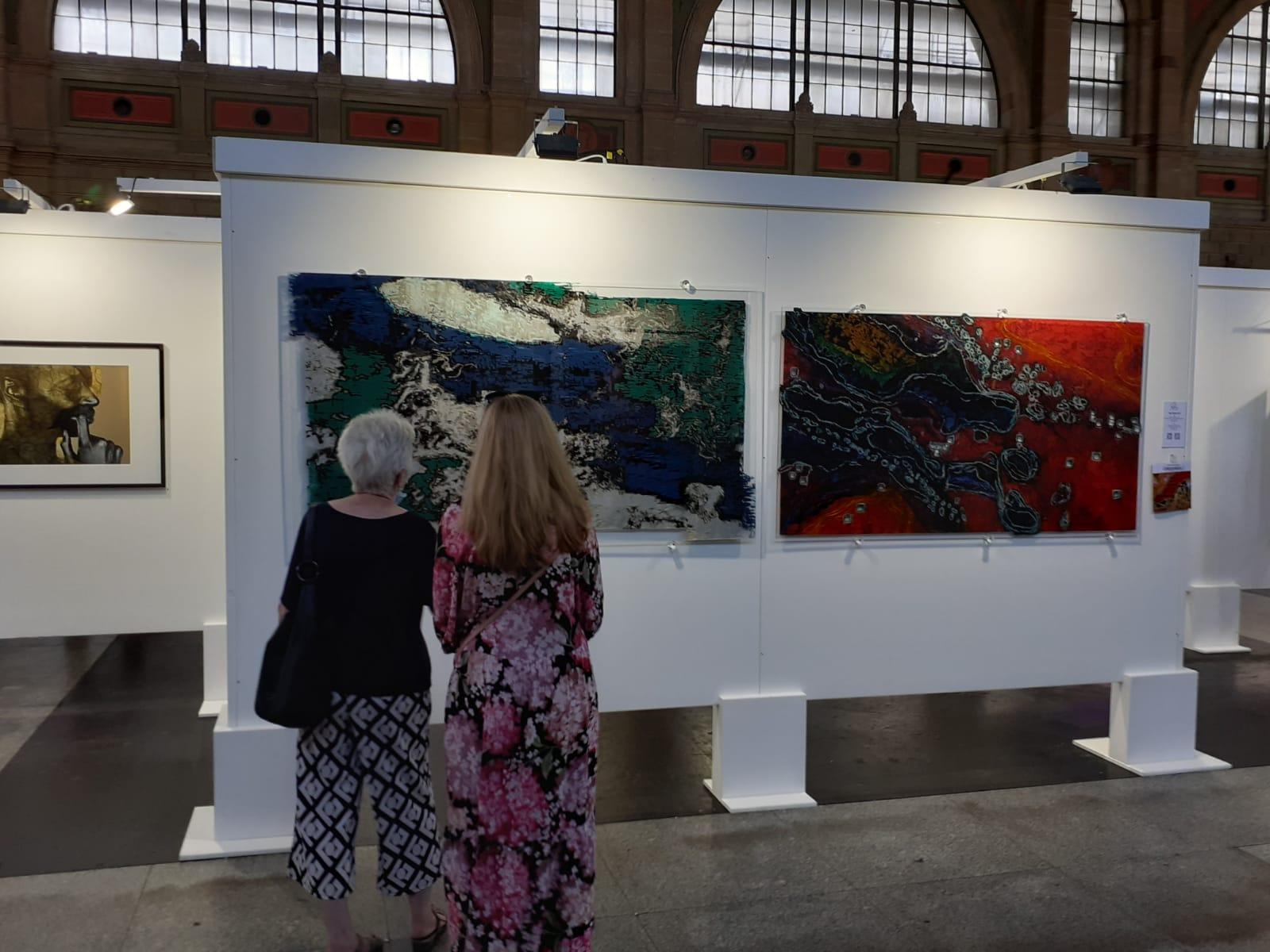 """Bilder """"Drift Icebergh B-15"""" and """"Lake Öksjuvatan"""" von Cho auf der Swiss Art Expo"""