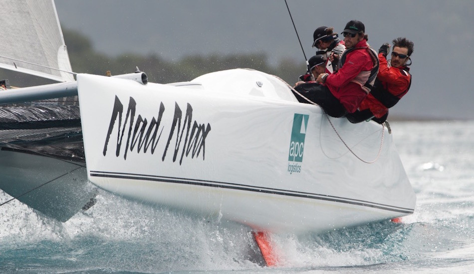 APC MAd Max in full flight at Hamilton Island Race Week 2015