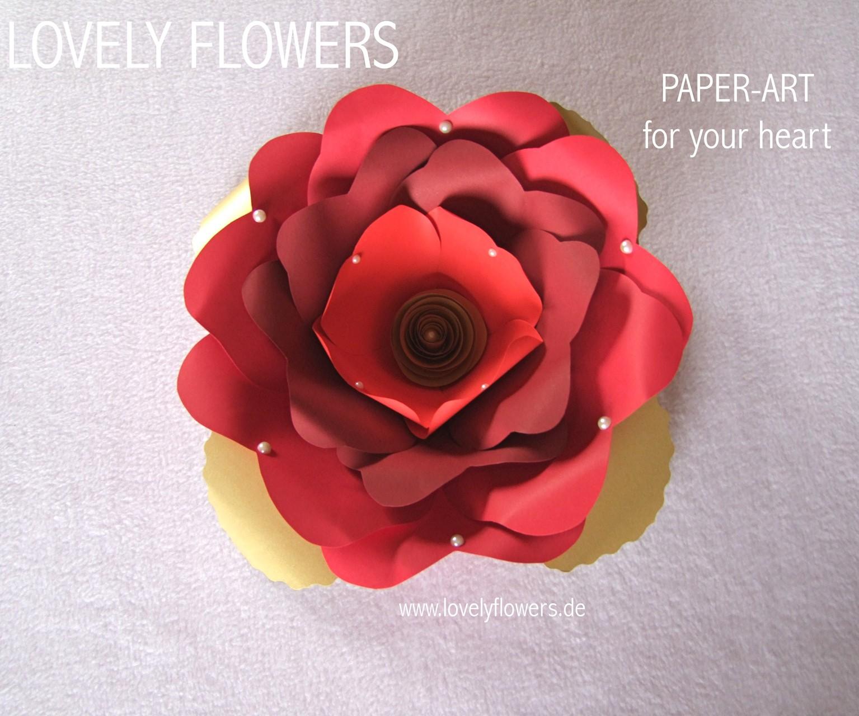Paper-Art Hochzeitstorten-Topper von www.lovelyflowers.de für die Winterhochzeit in Salzburg