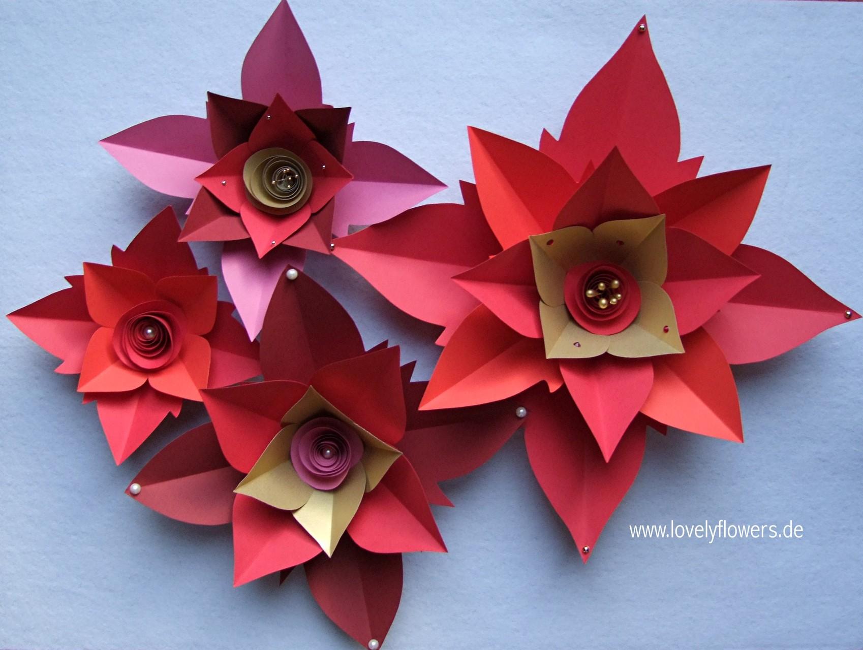 Paper-Art Blütenset von www.lovelyflowers.de für Prunkvasenbäume zur Weinachts-Winter-Hochzeit in der Residenz zu Salzburg/Österreich