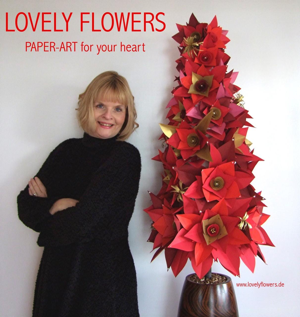 Paper-Art Prunkvasendekoration 'Weihnachts-Winter-Hochzeit' von www.lovelyflowers.de in der Residenz zu Salzburg/Österreich