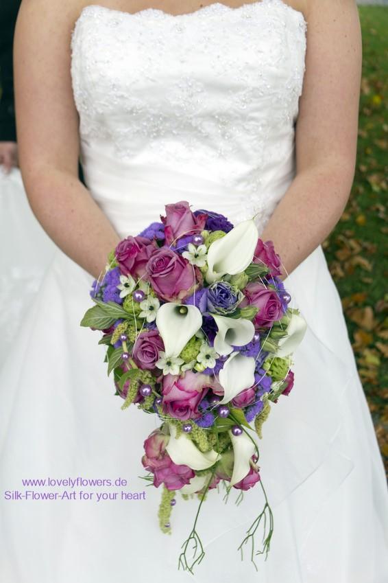www.lovelyflowers.de - Seidige Wasserfallbrautsträuße nach der glückbringenden Farbenlehre:-)