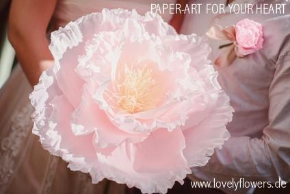 www.lovelyflowers.de - Dein Spezialist für PAPER-ART Hochzeitsgroßblumen!