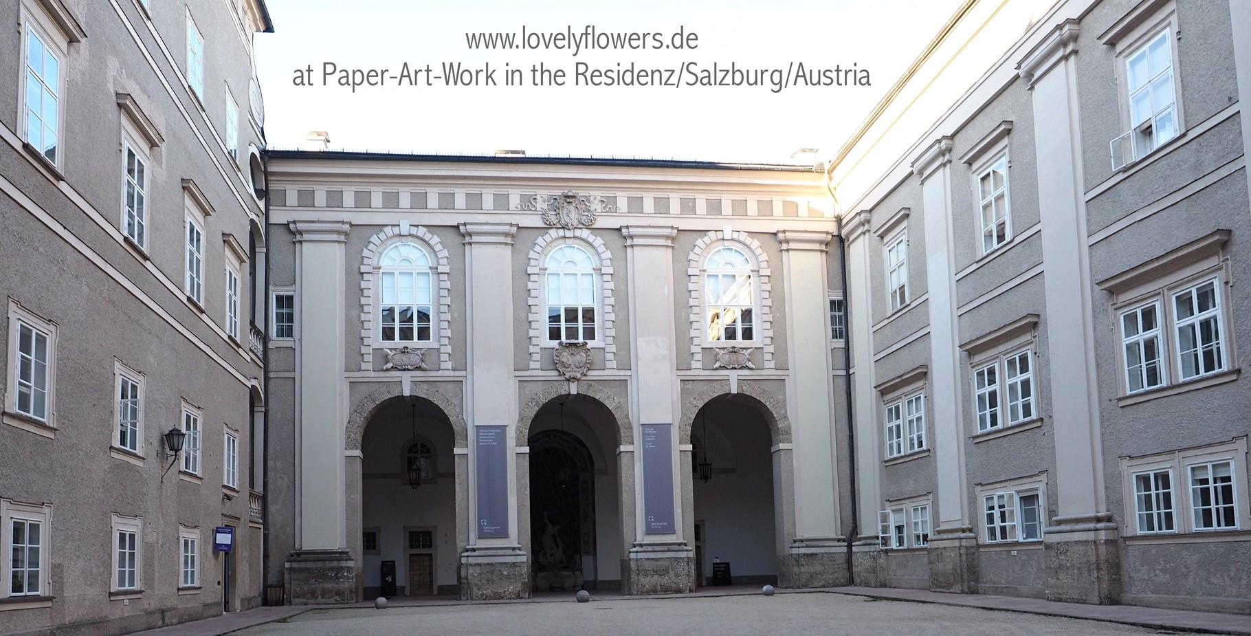 Paper-Art Blütendekorationen durch www.lovelyflowers.de für eine wundervolle Winterhochzeit in der Residenz/Salzburg/Österreich