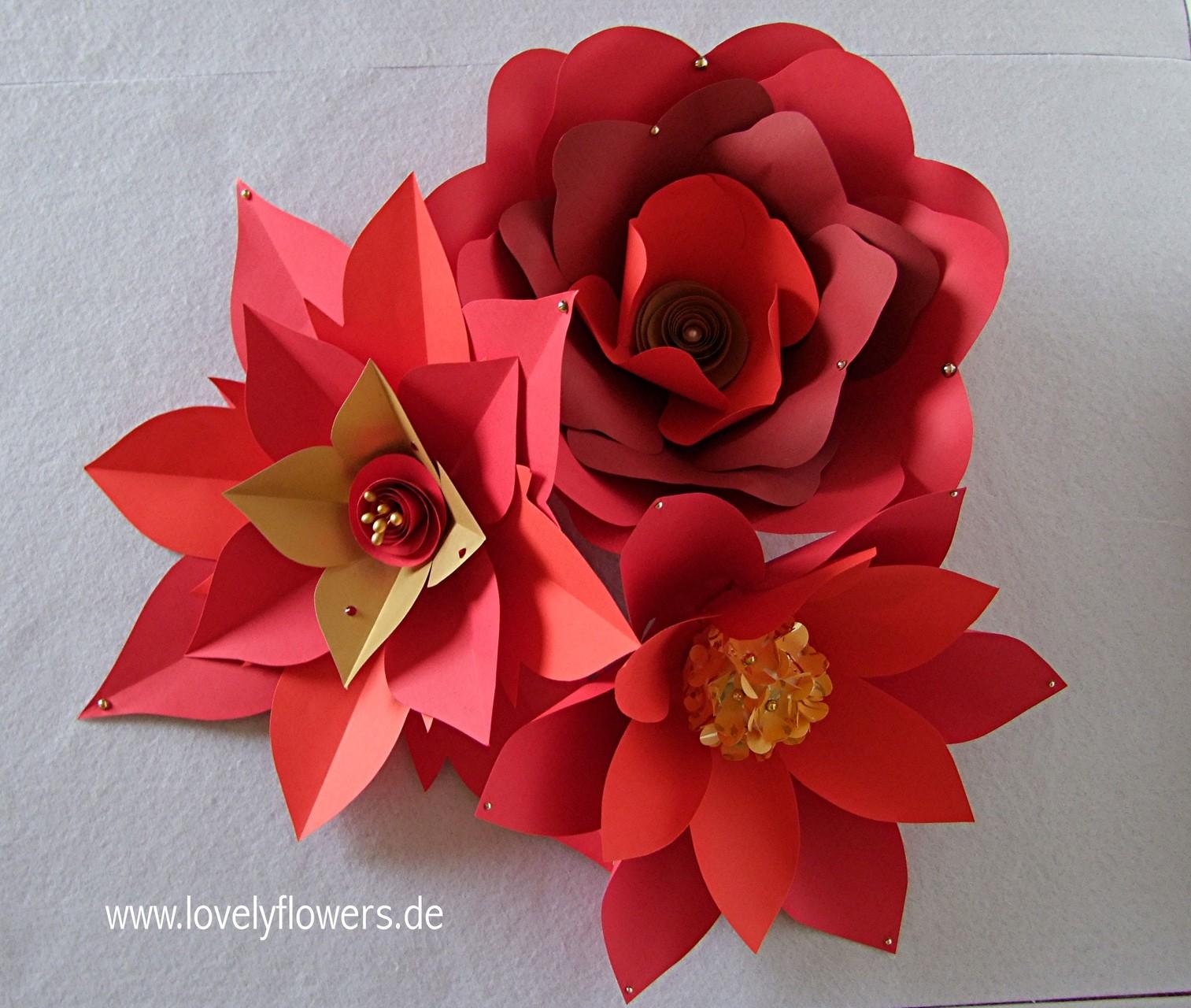 Paper-Art Großblumenset von www.lovelyflowers.de zur Centerpiece-Tischdekoration
