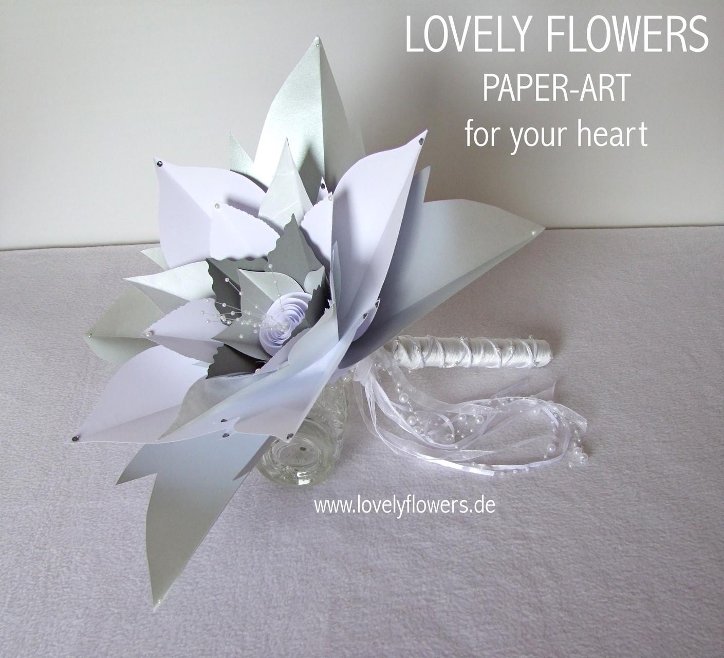 Paper-Art Großblütenbrautstrauß No1 von www.lovelyflowers.de für den Hochzeitsempfang in der Residenz zu Salzburg/Österreich