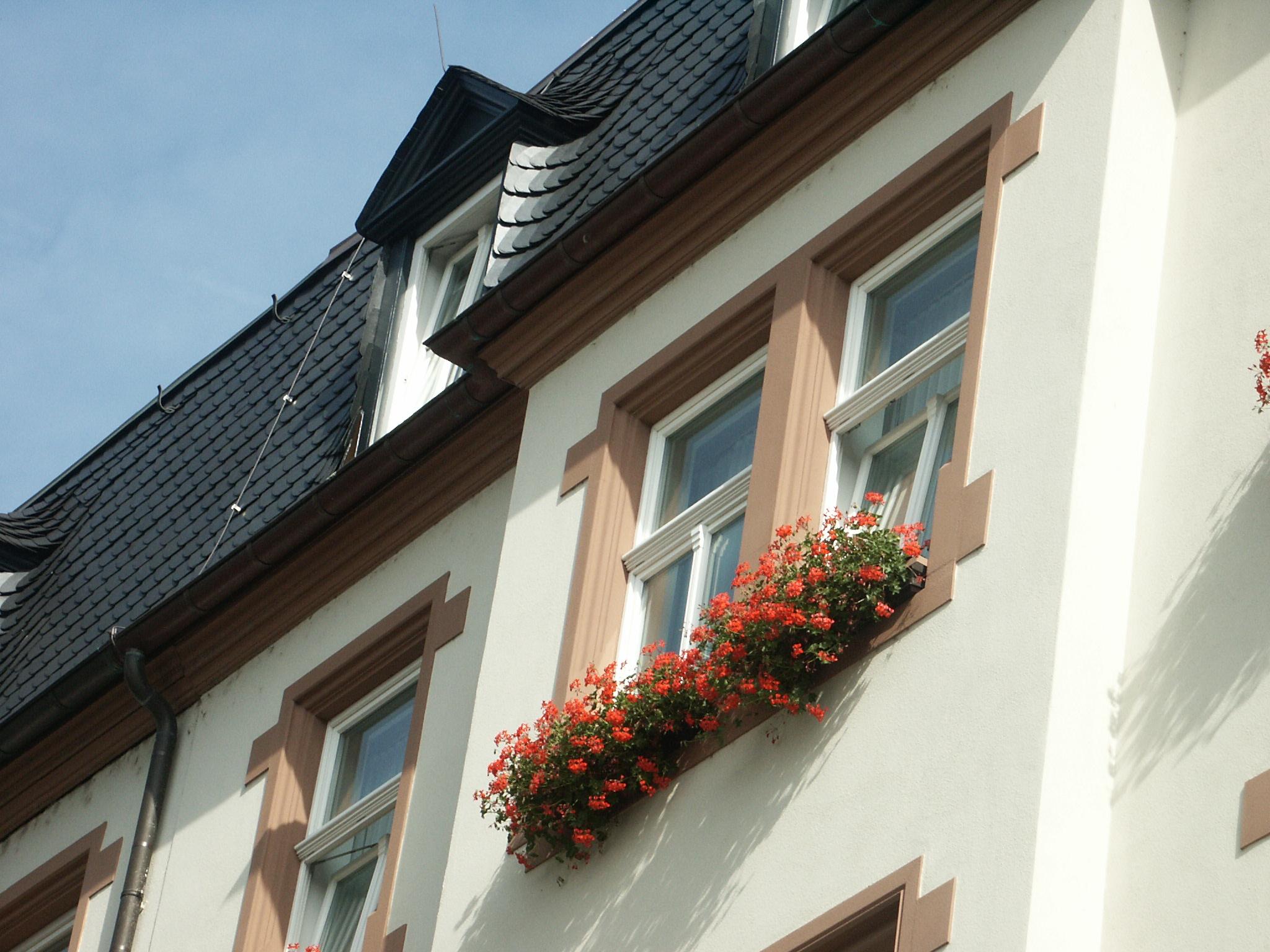 Gesimsprofil - Haus in NRW