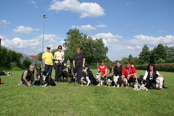 Gruppenfoto der Raindogs-Starter, die ziemlich erfolgreich an diesem Wochenende waren!!!
