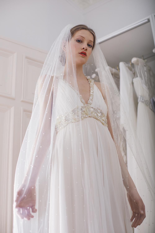 Schön Designer Brautkleider Für Weniger Ideen - Hochzeit Kleid Stile ...