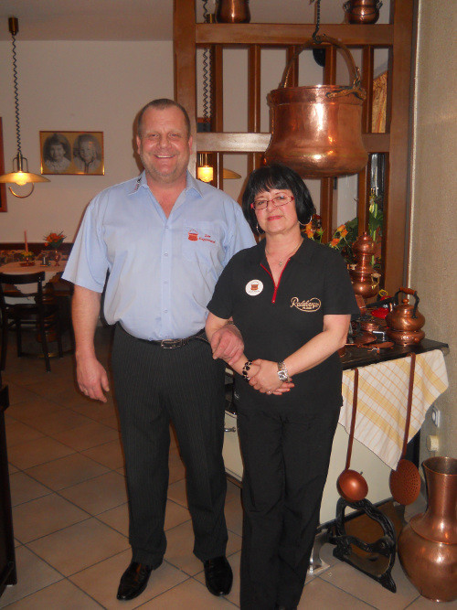 """Martina und Rolf Intemann, Restaurant """"Zum Kupferkessel"""" Köln Porz Urbach"""