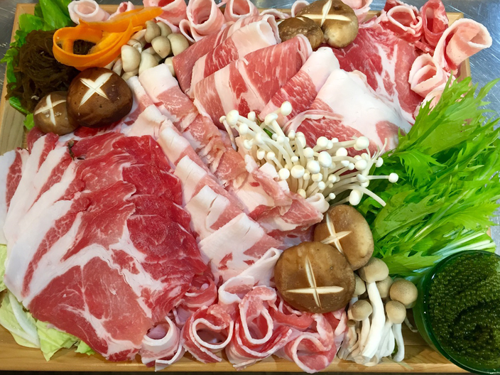 沖縄食堂Kame'skitchen 極上やんばる島豚あぐーしゃぶしゃぶセット