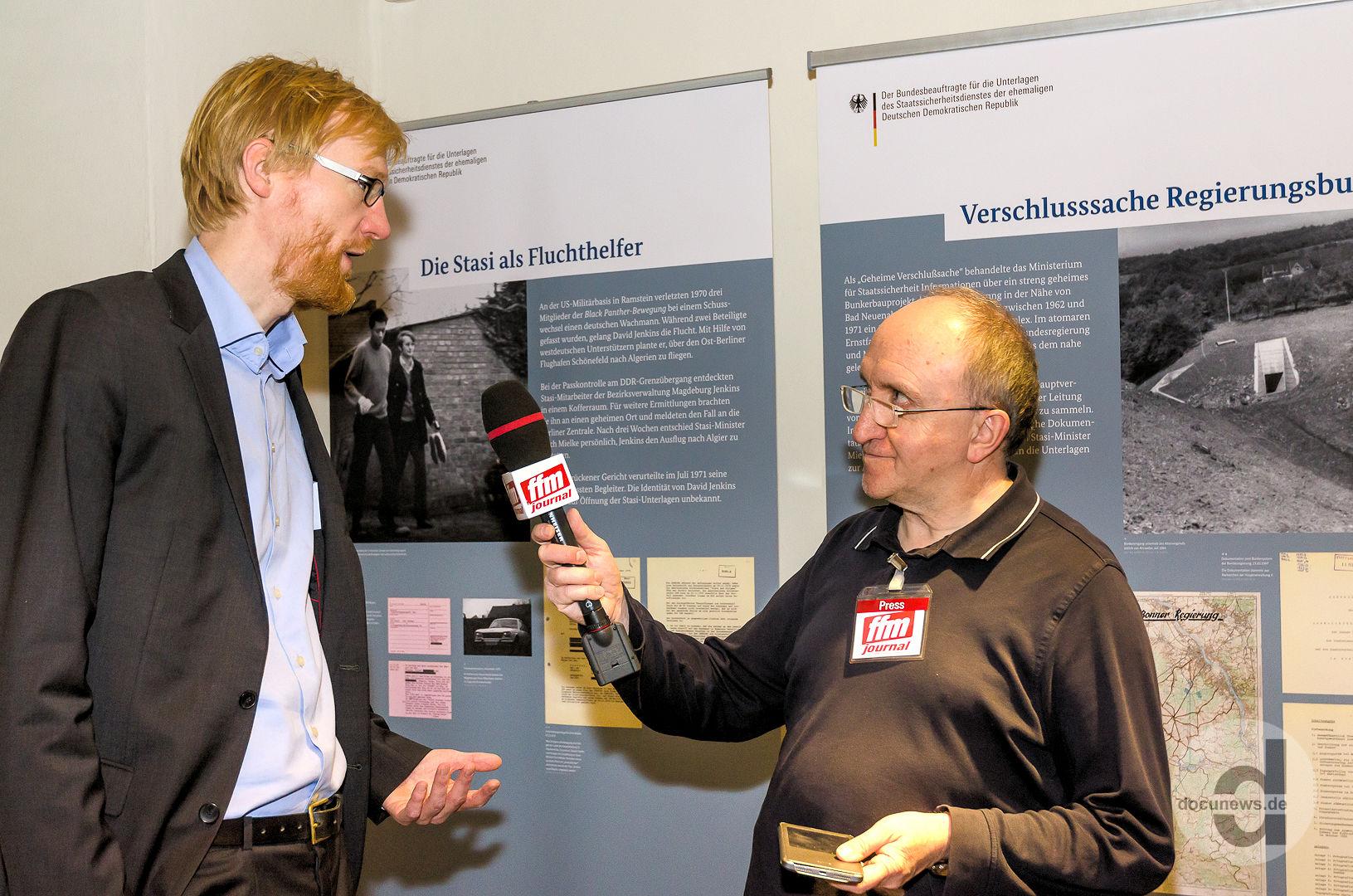 Zeithistoriker Dr. Henrik Bispinck im Interview in Mainz © dokfoto.de/Friedhelm Herr