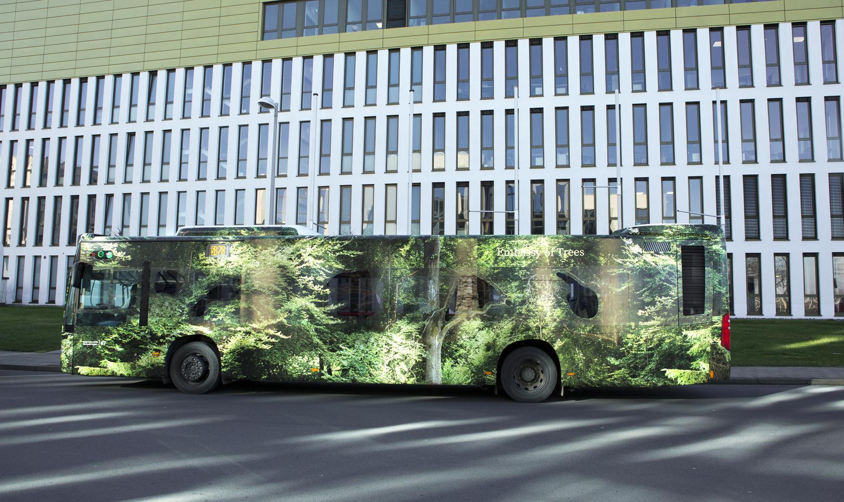 Forest Bus - Ellen Bornkessel