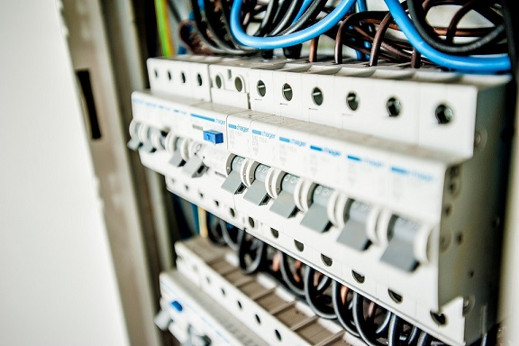 Mise aux normes NFC 15-100 de tableau électrique à Marseille