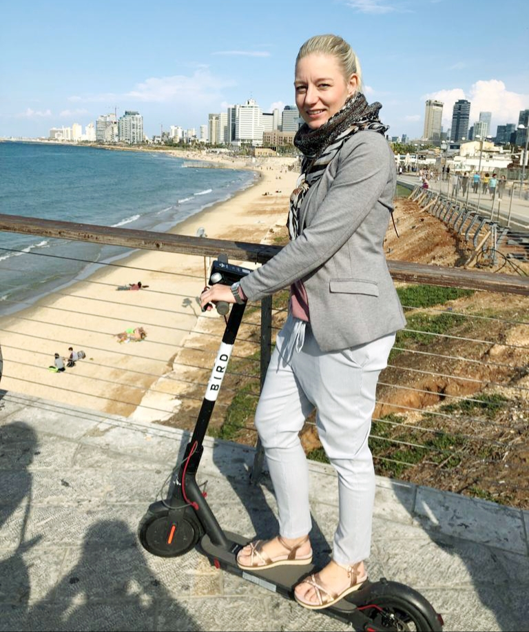 E Scooter Bird Tel Aviv