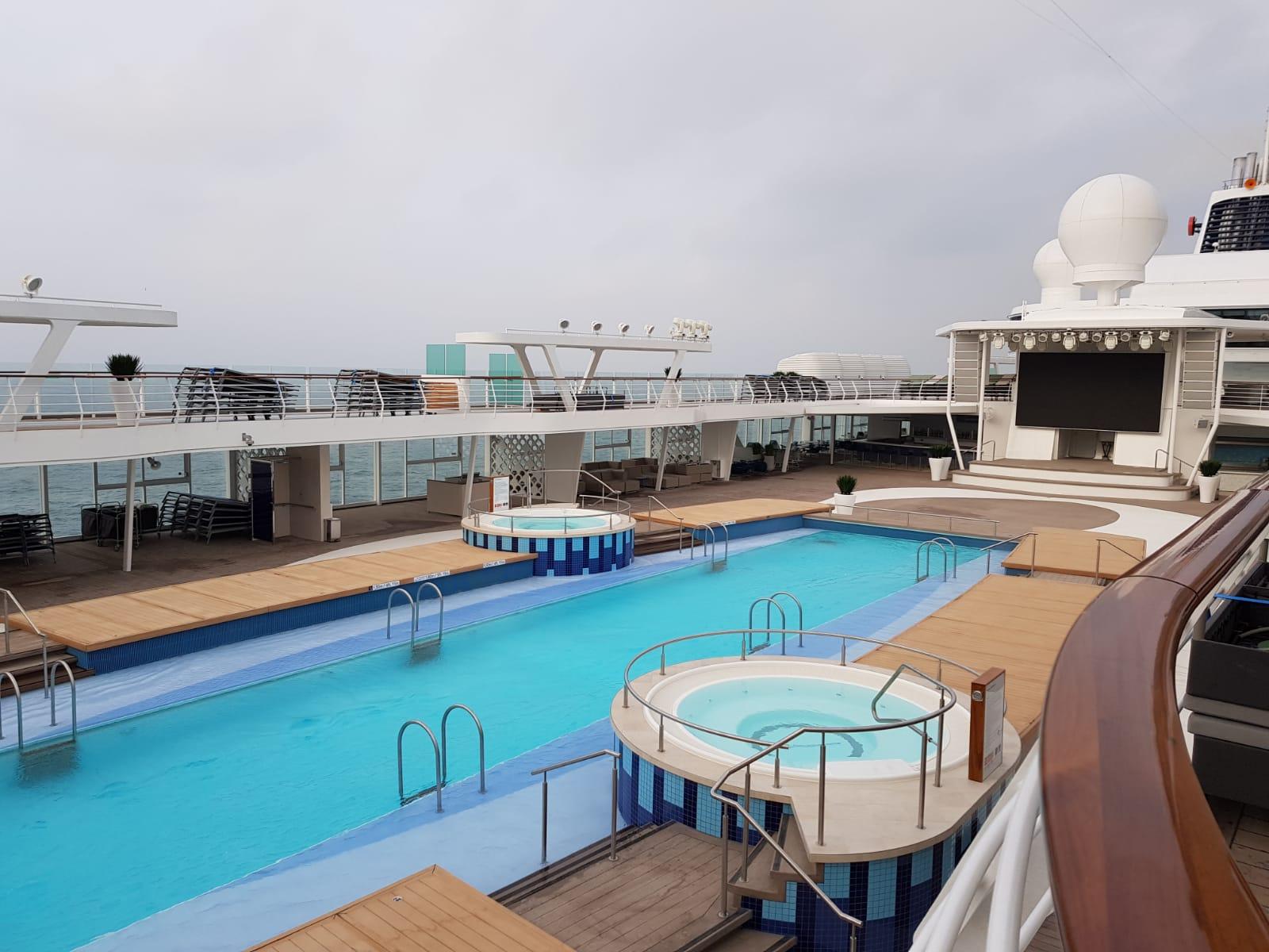 Pool Neue Mein Schiff 2