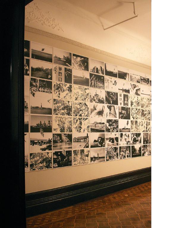 World Tour 2008年 A3コピープリント、シルクスクリーン、和紙、壁面に展示。