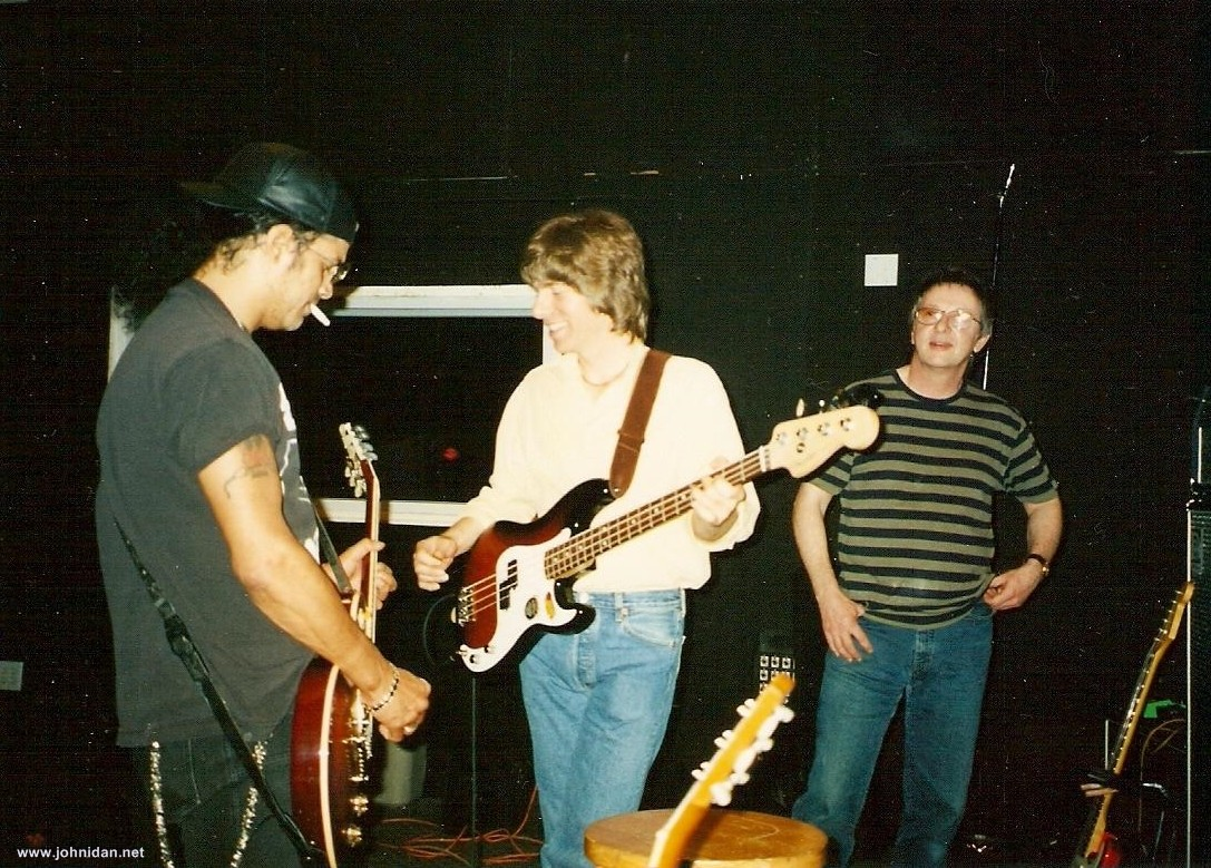 John Idan, Slash & Gypie Mayo; Photo: Unknown