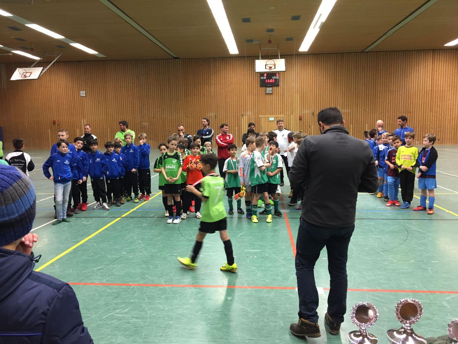 Als Hauptsponsor des Hallenturniers, der E-Junioren von SC Empelde haben wir uns gefreut dabei sein zu können.