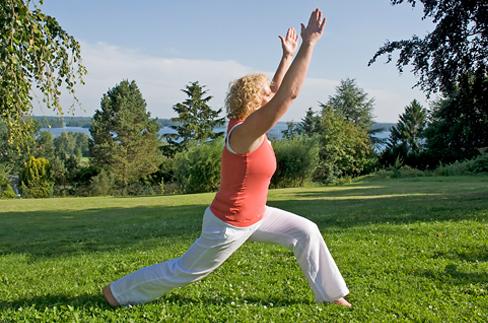 Pilates und Yoga am See