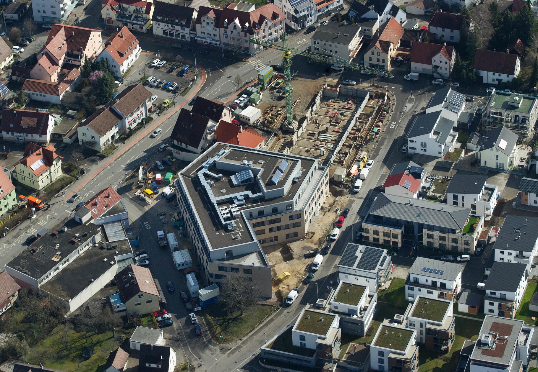Die neue Mitte von Mössingen ... Gesundheitszentrum; © Klaus Franke