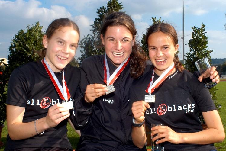 All Blacks-Staffel 3x1000m:  Christina Strycker  |  Livia Burri  |  Astrid Leutert