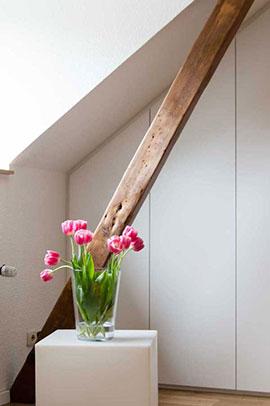 Ein Dachschrägenschrank auf Maß gefertigt